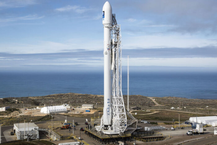 SpaceX-Falcon-9-hed